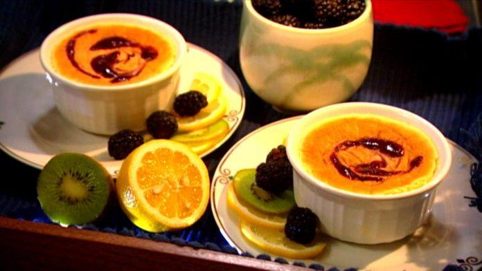 Wild Recipes - Lemon-Blackberry Custard Cakes